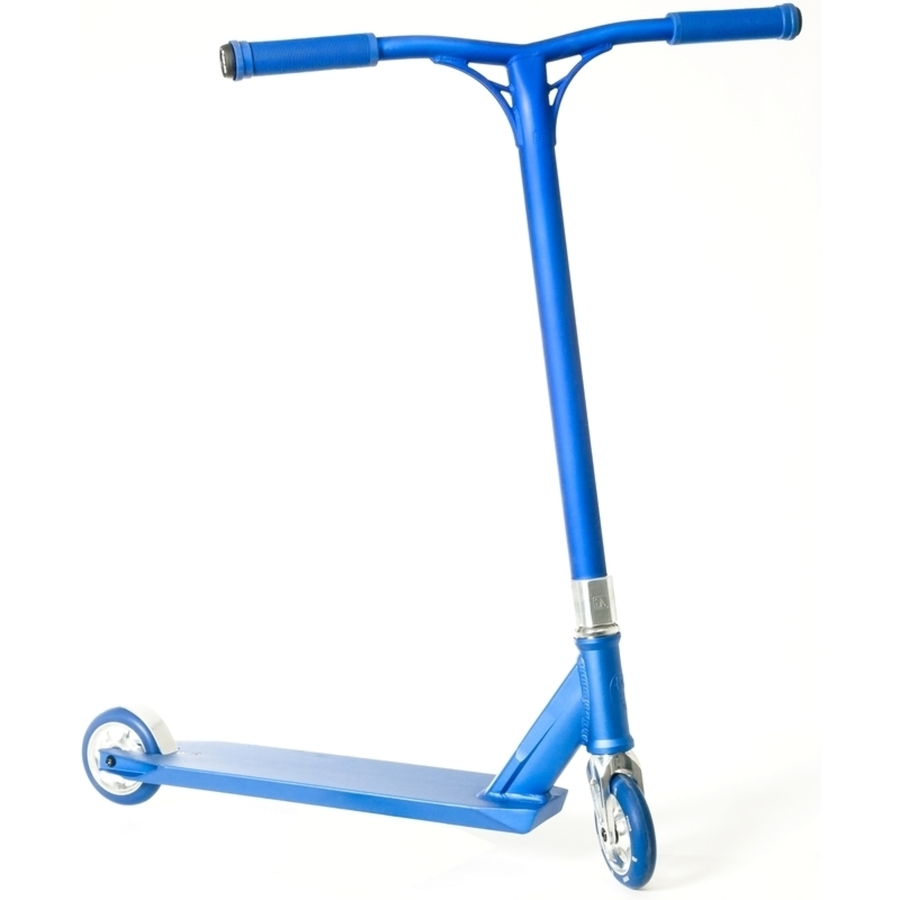 Blue scooter. Free clipart chrome download