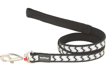 Brass clip dog lead. Red dingo reflective leads