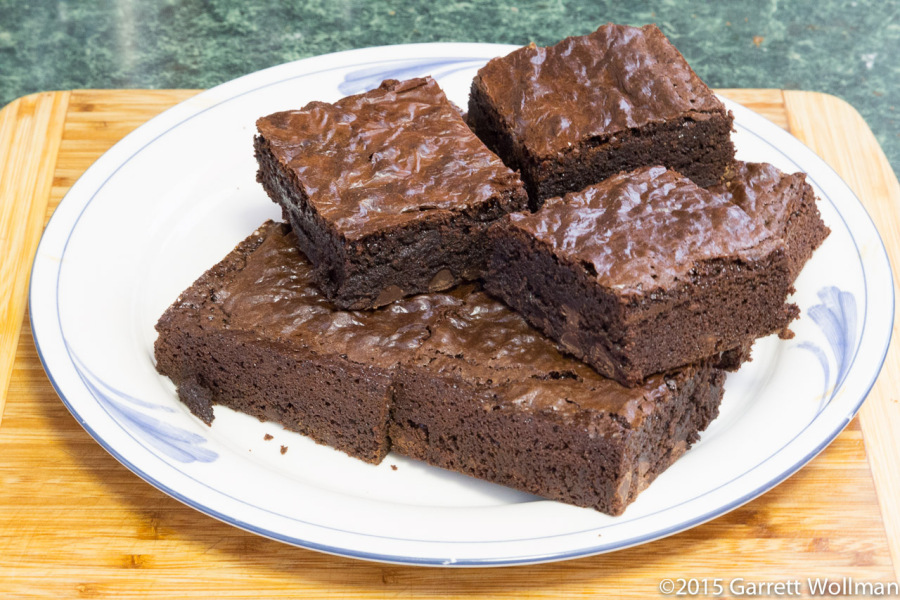 Brownies clipart plate brownie. Of ready to eat