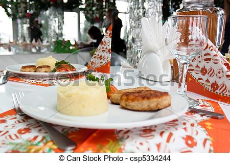 Catering clipart silverware. Table set with napkins picture download