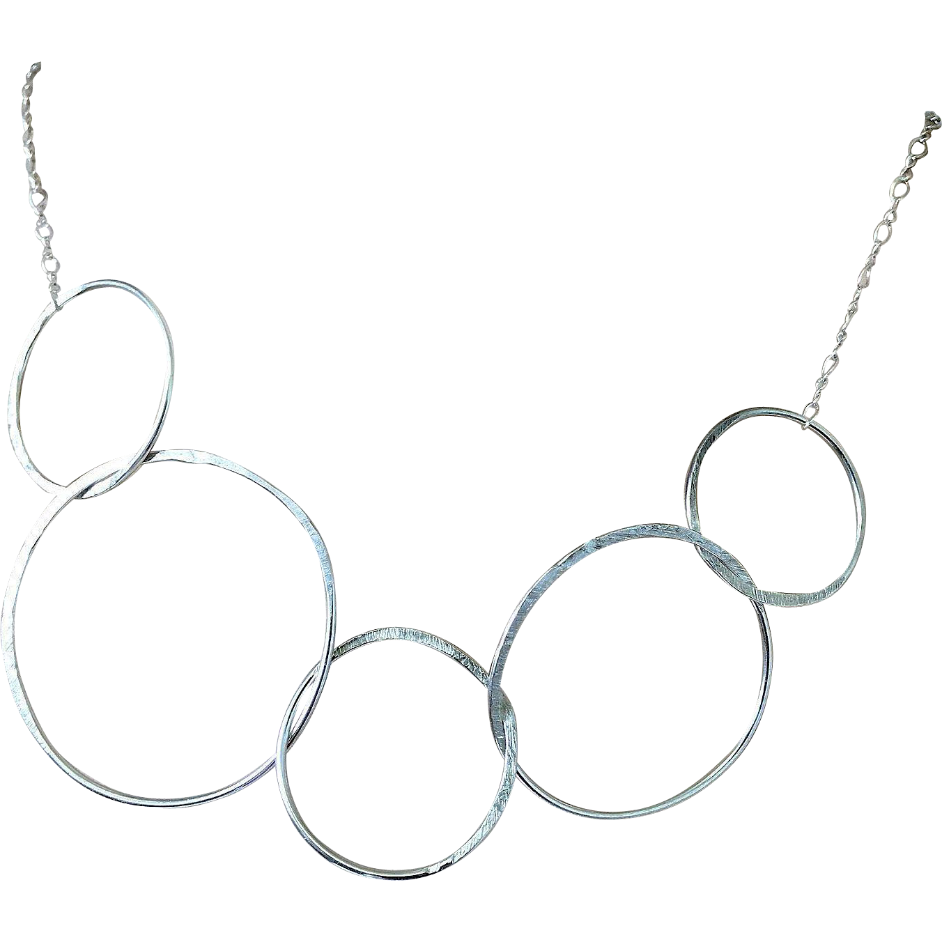 Choker drawing charm. Modern silver circles necklace