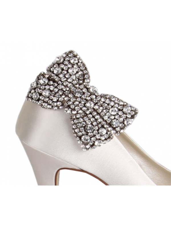 Clip shoes brooch. Selena diamant bow shoe
