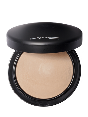 Cosmetology drawing powder makeup. Best beauty buys products