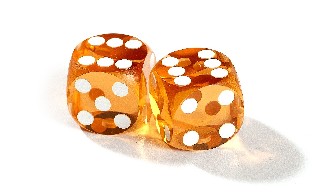 dice clipart precision