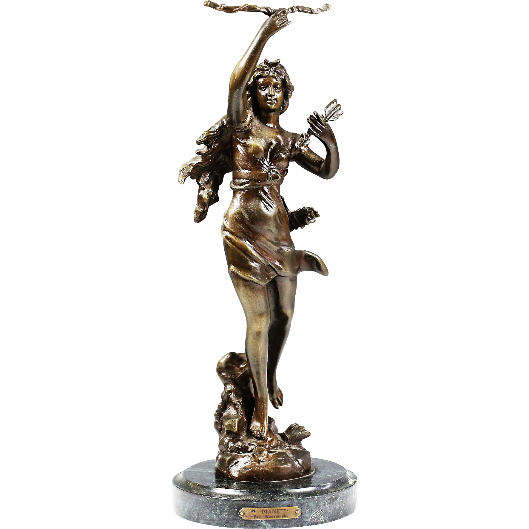 Diety statue png. Large bronze figurine diana