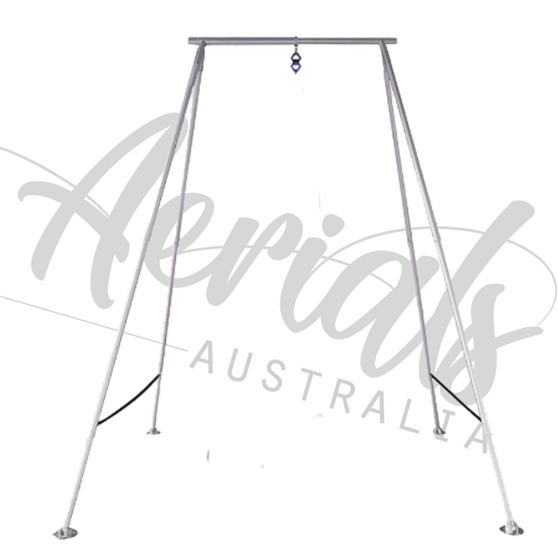 Drawing silk aerial. Portable rig rigs for