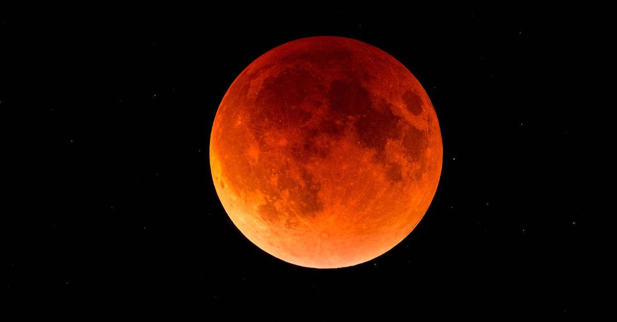 Lunar blood super the. Eclipse clipart blue red moon picture