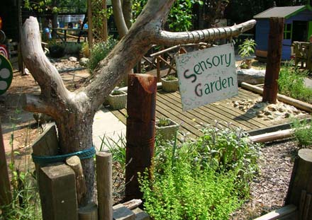 Garden clipart sensory garden. Thames valley adventure playground