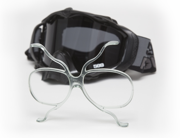 Goggle clip. Youzee se in glasses