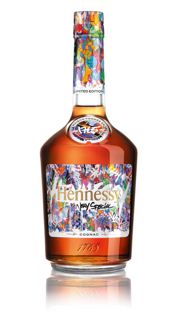 Hennessy puddle png. Paints new picture with