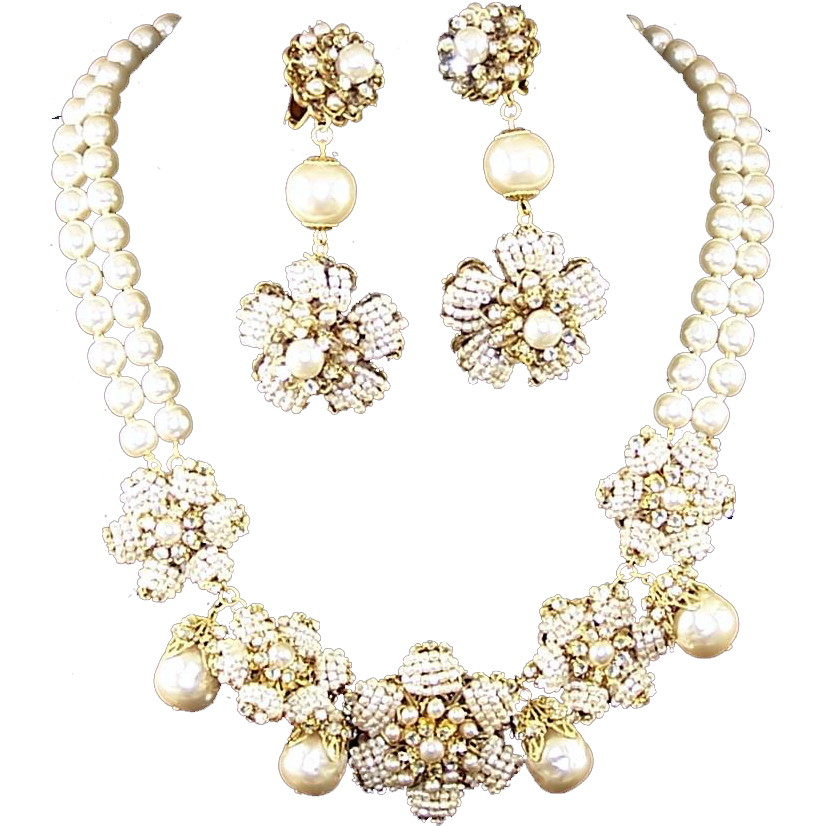 Jewelry clip collar. Miriam haskell baroque pearl