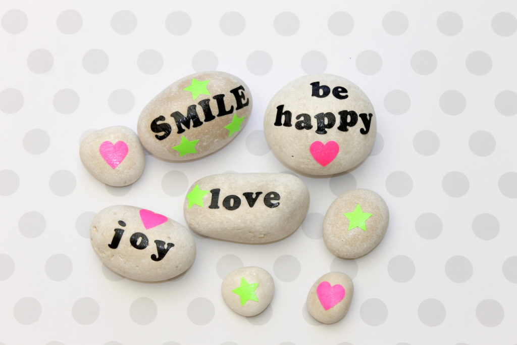 Kindness clipart rock. How to make rocks
