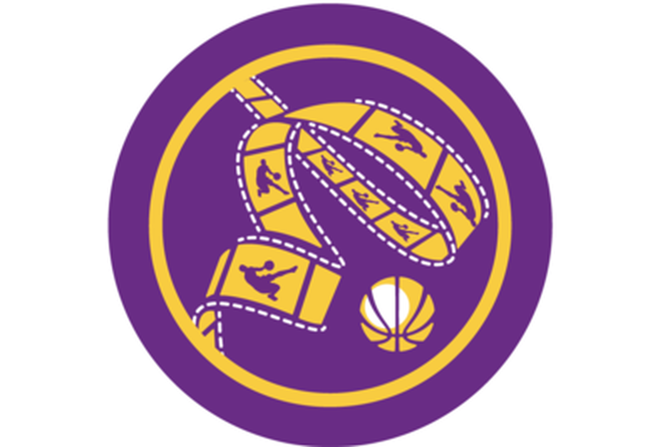 Lakers drawing ball. The credits two for