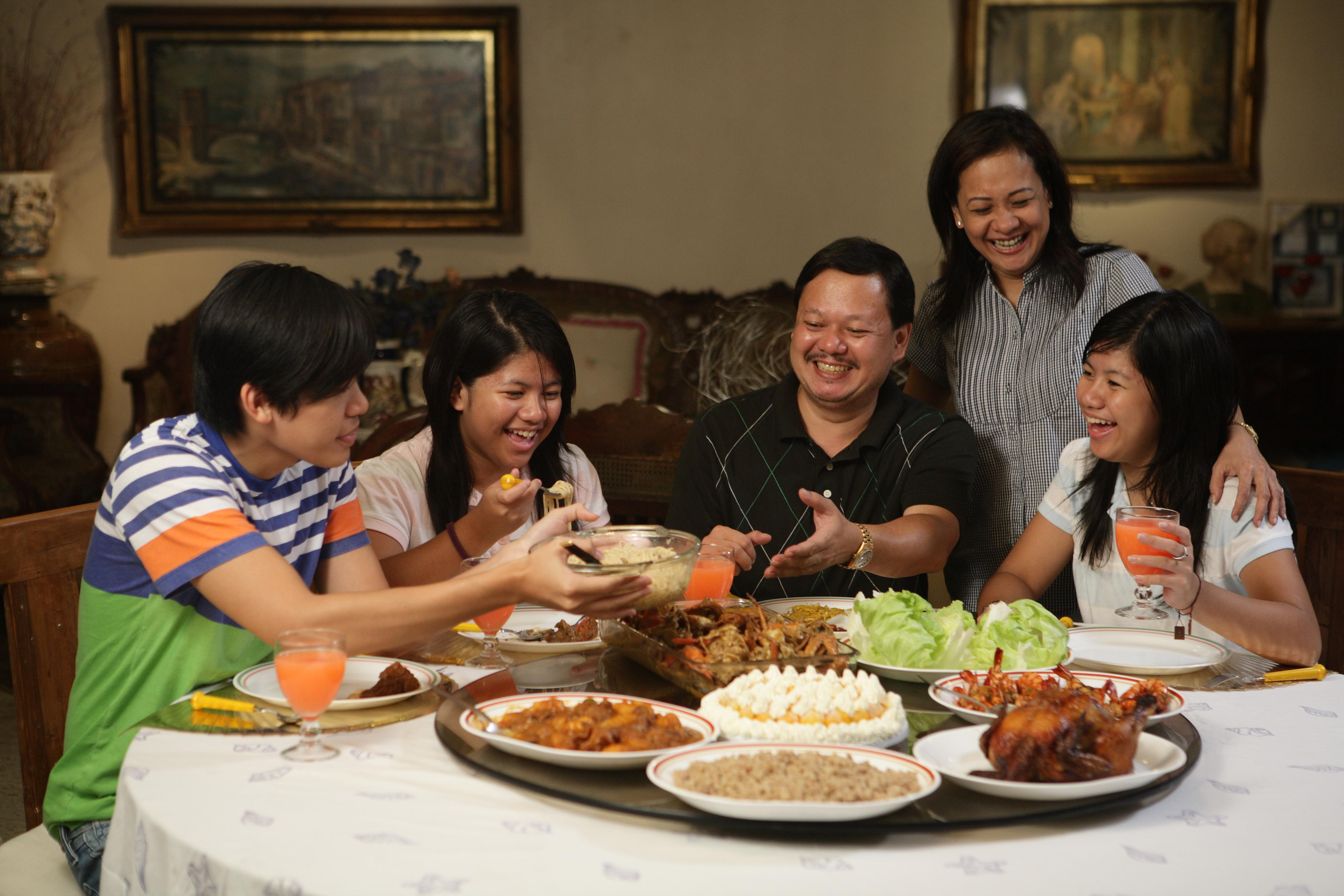 Meal clipart. Filipino family about cagayan