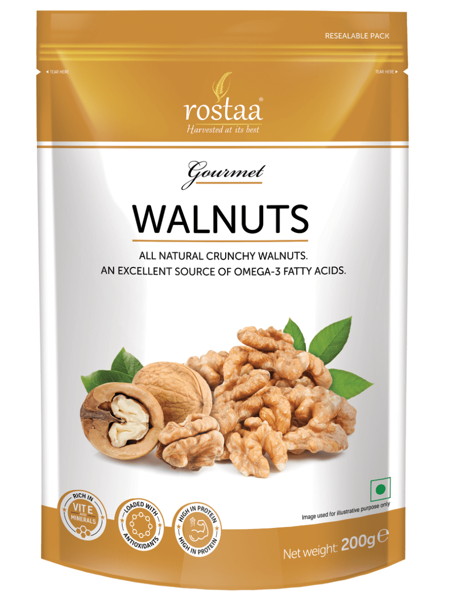Nuts transparent fatty. Walnuts dry fruits rostaa