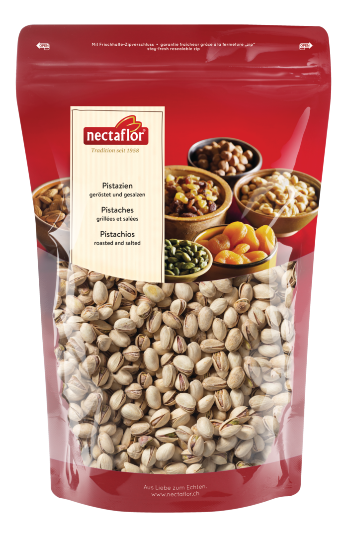 Nuts transparent fresh. Pistachios roasted salted kg