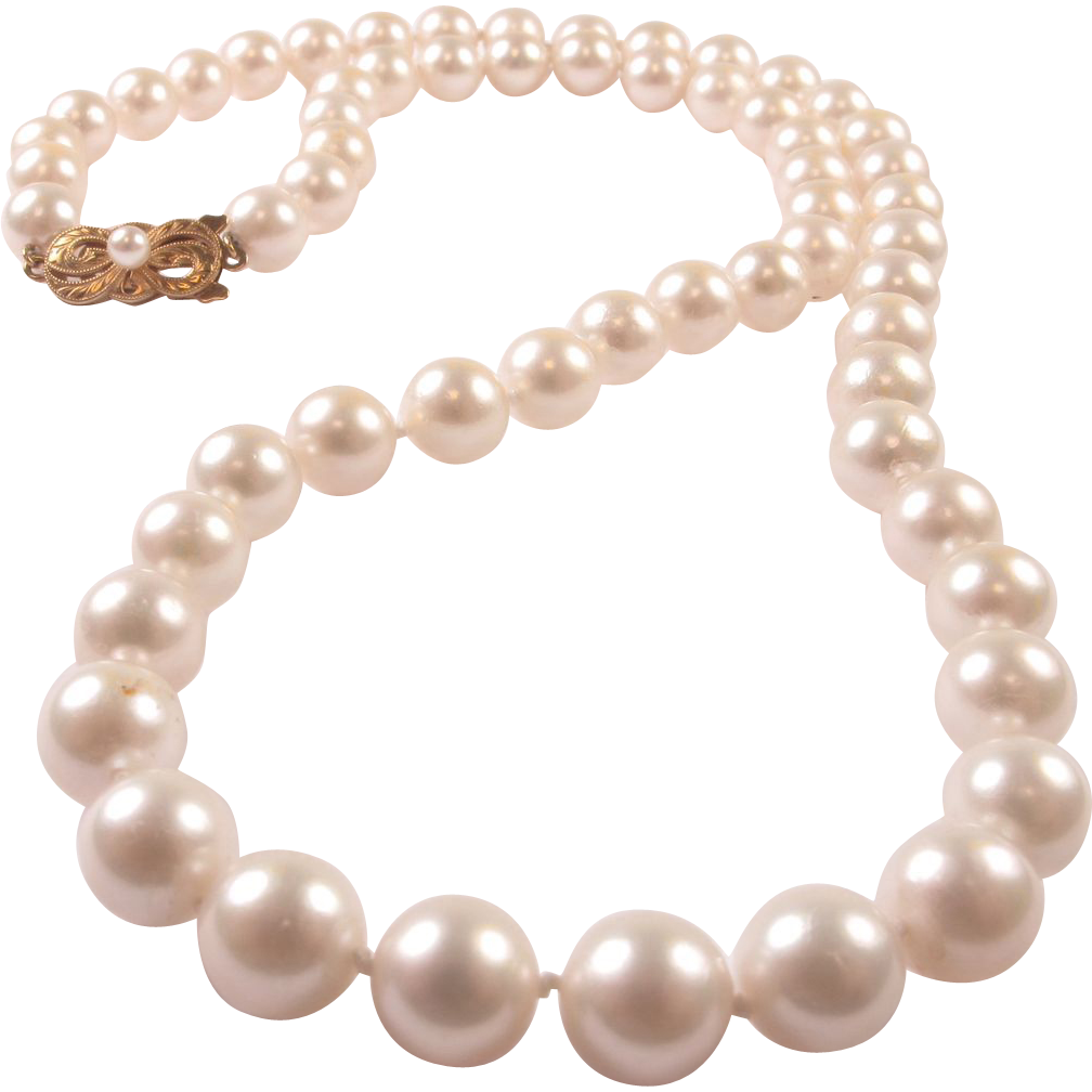 Transparent pearls strand. Vintage mikimoto cultured pearl