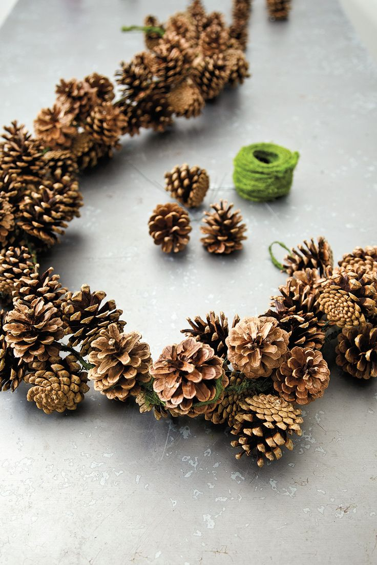 Pinecone clipart pinecone garland. Best christmas decorations