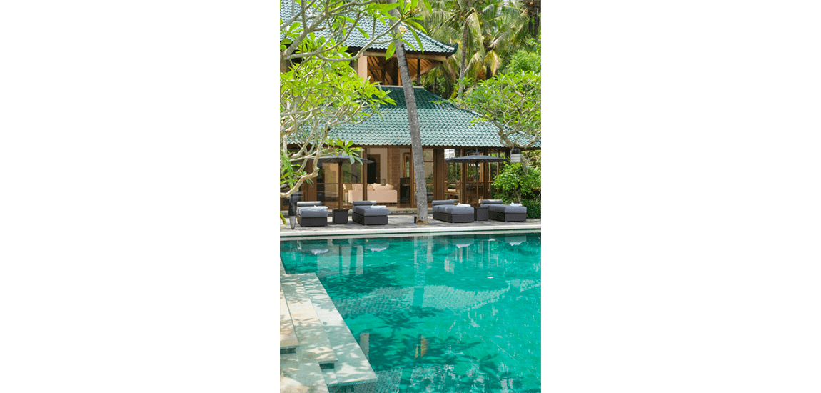 Pool transparent architect. Duffield in balinese architecture