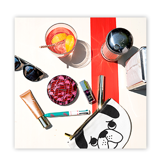 Product drawing makeup. A clarins summer jean