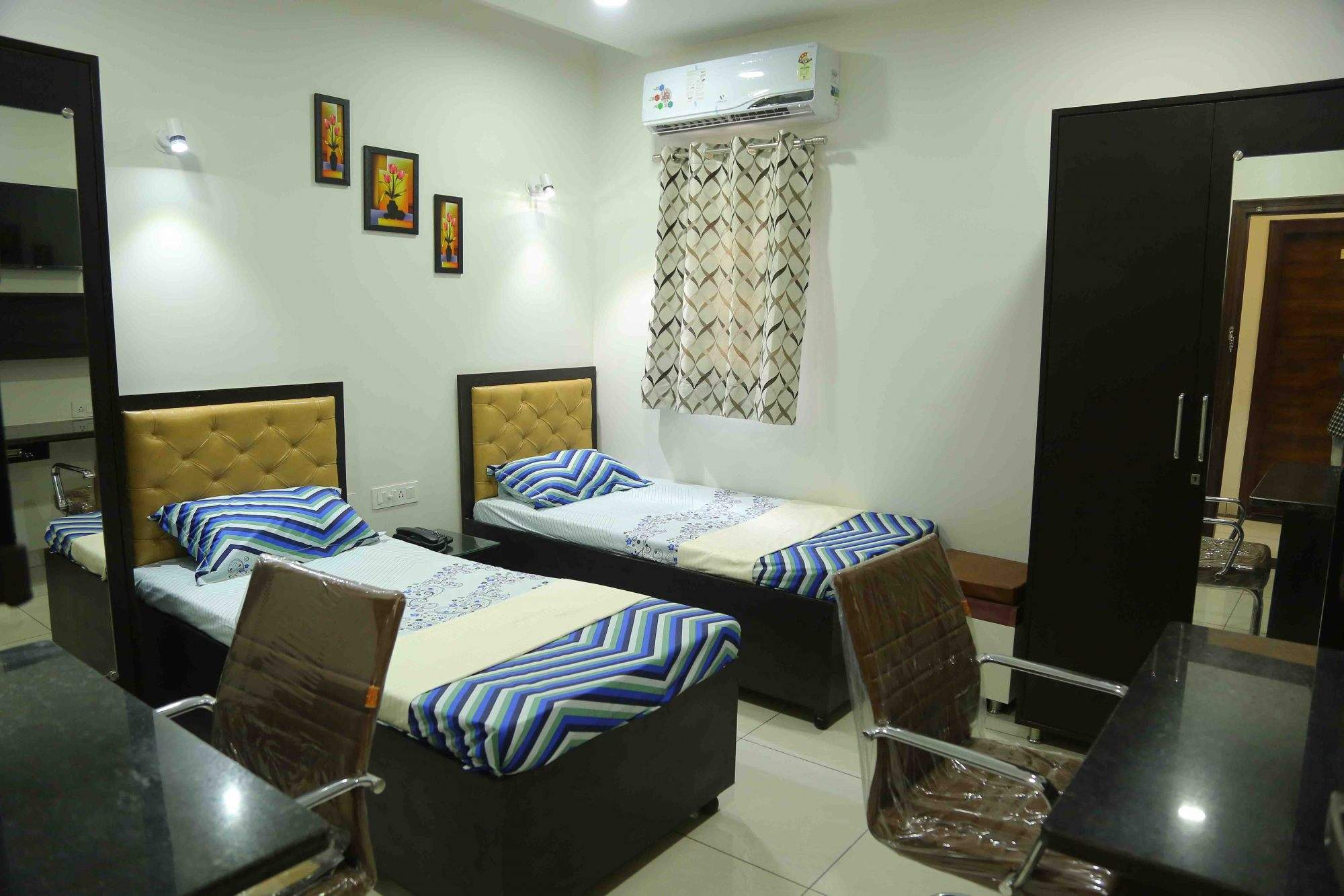 Room clipart paying guest. Top pg in ferozepur