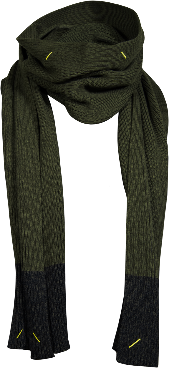 Shawl clip closure. Mgs scarf by musterbrand
