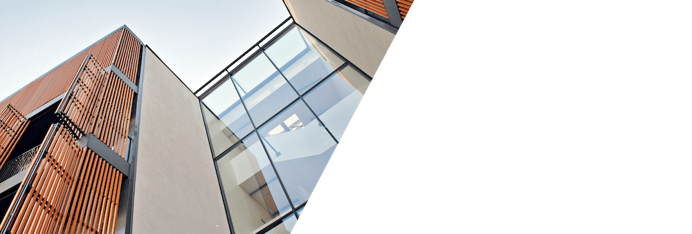 Stairs transparent structural glass. Klymetcontrol plus flat industries