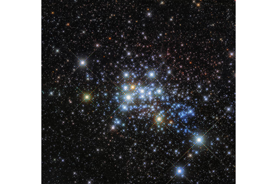 Stars in space png. Westerlund hubble finds one