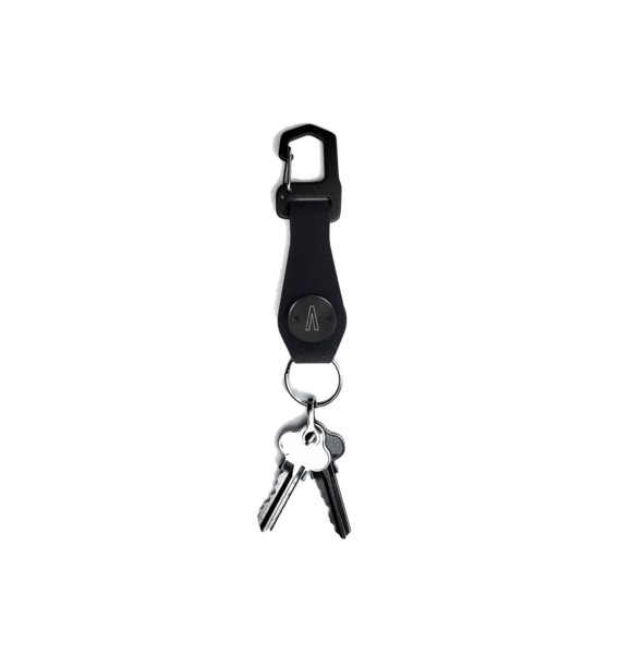 Suspension clip keychain. Magnetic minimal commuter traveler