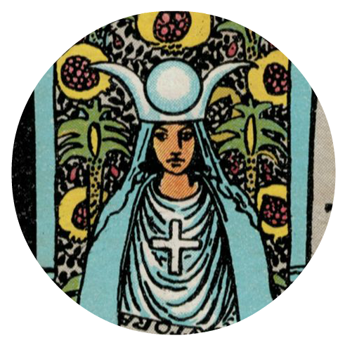 Tarot drawing high priestess. Card meaning