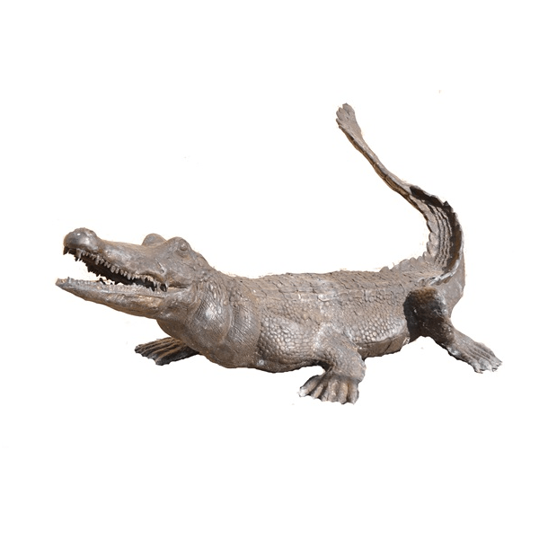 Transparent alligator bronze. Fountain with tail up