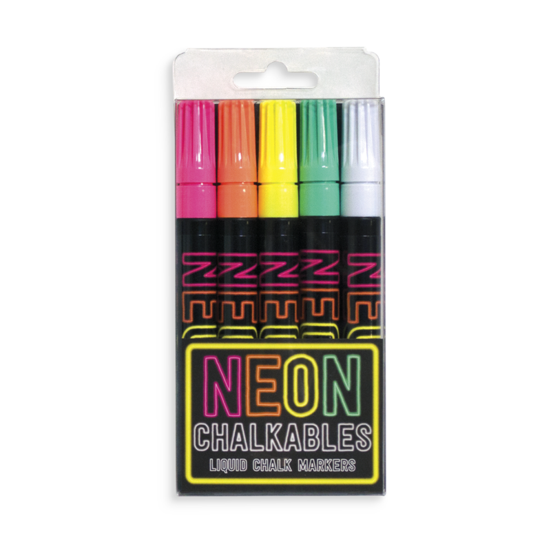 Markers drawing ink. Neon chalkables liquid chalk