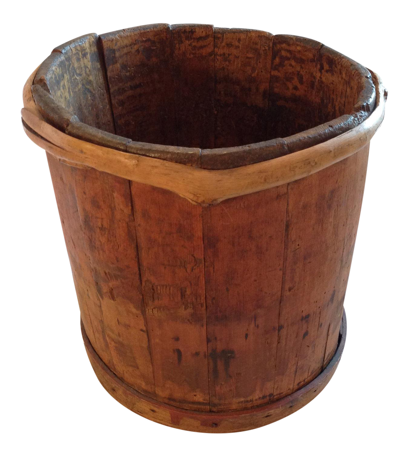 Wooden bucket png. Antique with unique vine